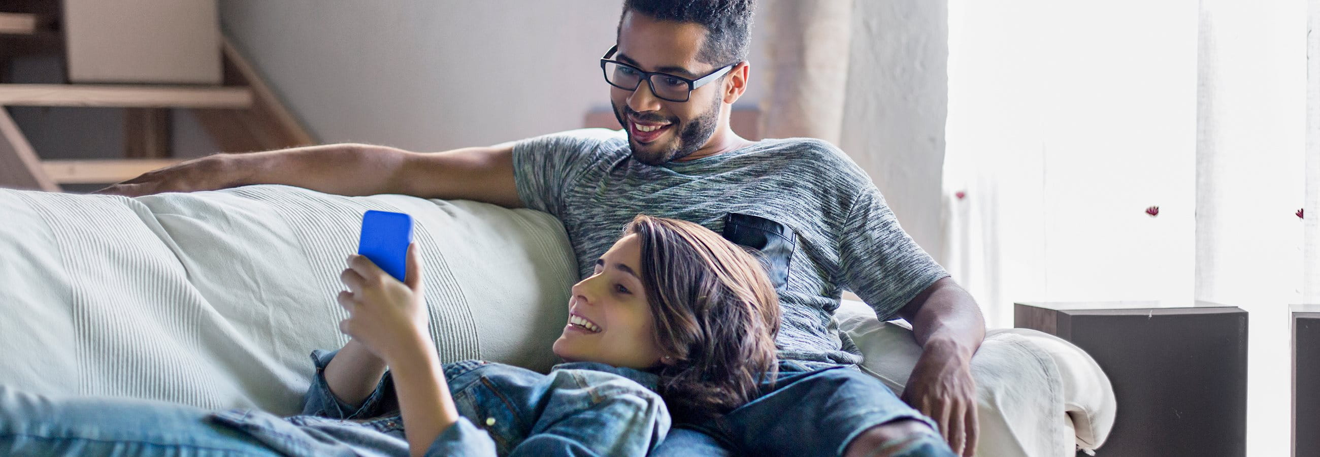 online hausrat versichern so finden sie den besten. Black Bedroom Furniture Sets. Home Design Ideas